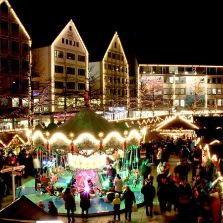 christmas-market-579083_960_720