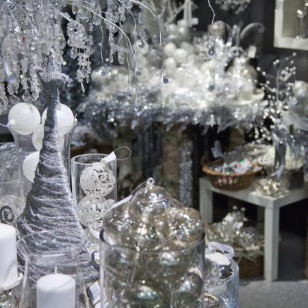 white-christmas-decoration-1320691088Yt3
